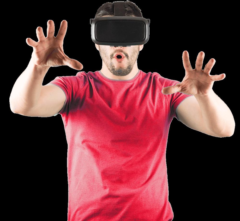 Mann mit VR-Brille für 360 Grad Rundgang